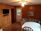 Duplex cabin Eagle Lake Ontario Livingroom